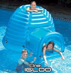 Floating Inflatable Igloo Habitat - On those extra hot days, don& you wish you had an igloo you could sit inside? Not only is a cool place to hide out in the pool, but you can even swim up into it through a hole in the base. Summer Pool, Summer Fun, Lake Toys, Cool Pool Floats, Pool Rafts, My Pool, Pool Fun, Pool Accessories, Dream Pools