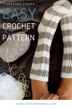 Crochet Cable, Crochet Boots, Crochet Yarn, Crochet Clothes, Crochet Stitches, Crochet Simple, Cute Crochet, Crochet Crafts, Crochet Sock Pattern Free