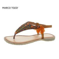 Ein Stück Freiheit für Ihre Füße. Mit diesem ausgefallenen Zehenschuh vom Marco Tozzi erleben Sie Komfort und Können von der wohl außergewöhnlichsten Seite. Der flexible Textilschuh mit der geschmeidigen Lederdecksohle freut sich mit Ihnen auf sonnenverwöhnte Stunden mit dem gewissen Etwas. Leder Riemchen-Sandaletten, der absolute Hingucker.