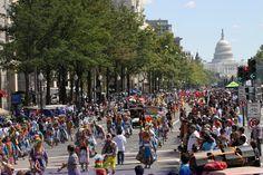 En septiembre de 1968, el Congreso autorizó al presidente Lyndon B. Johnson a que proclamara la Semana Nacional de la Herencia Hispana, la cual se celebró durante la semana que incluyó los días 15 y 16 de septiembre. El Congreso extendió la celebración en 1988 para que se conmemorara durante un mes (desde el 15 de septiembre al 15 de octubre), a partir del año siguiente. Los Estados Unidos celebran la cultura y las tradiciones de las personas que tienen sus raíces en España, México, las…
