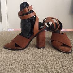 The perfect summer sandal heel MNG brown suede sandal with wooden heel. Perfect with summer dresses, white pants and more! Never worn! Mango Shoes Heels