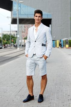 Street style by Sergi - The Stylistbook   Street Style Fashion Blog