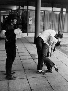 Clint Eastwood makes a fan's life by giving her a kiss while in Durango, Mexico, 1969