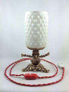 Vintage restored table lamp Vintage lighting by Lambater on Etsy, €85.00