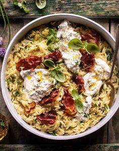 quarantine cooking20 Minute Orzo Carbonara with Crispy Prosciutto and Burrata 1