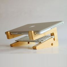 Amazon.com : Ibeauti Laptop Vertical Holder, Modern Folding Wooden Desktop Stand for Macbook Air or Pro : Office Products