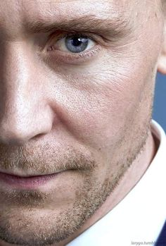 Hiddleston's Eyes (@hiddleston_eyes) | Твіттер