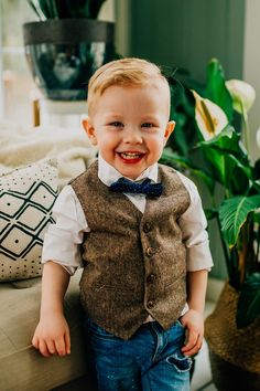 Tan and Brown Ring Bearer Born To Love Kids Vest Wedding Fashion – Born To Love Clothing Toddler Boy Fashion, Toddler Boys, Kids Boys, Fashion Kids, Girl Fashion, Wedding Outfit For Boys, Wedding With Kids, Kids Vest, First Haircut