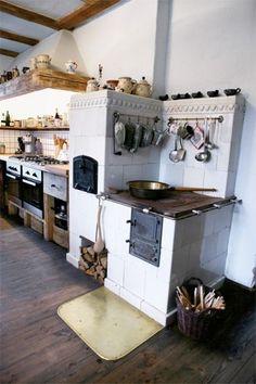 Wild duck in Masuria: country porch Modern Farmhouse Kitchens, Rustic Kitchen, Kitchen Decor, Rustic Outdoor Spaces, Outdoor Kitchen Design, Kitchen Stove, Summer Kitchen, Kitchen Interior, Kitchen Remodel