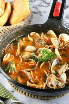 Clam Recipes, Best Seafood Recipes, Mexican Food Recipes, Healthy Recipes, Ethnic Recipes, Tapas, My Favorite Food, Favorite Recipes, Mediterranean Dishes