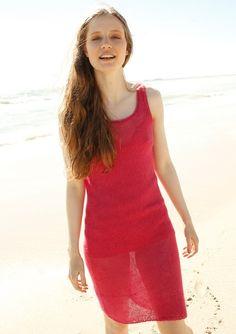 Pinkfarbenes Kleid selber stricken mit einer Strickanleitung aus Rebecca- mein Strickmagazin und dem ggh-Garn SURI ALPAKA (100% Suri Alpaka). Garnpaket zu Modell 2 aus Rebecca Nr. 54