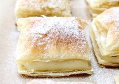 Cremsnit de post - Desert De Casa No Cook Desserts, Sweet Desserts, Dessert Recipes, Vegan Sweets, Vegan Desserts, Vegan Recipes, Romanian Food, Bread And Pastries, How Sweet Eats