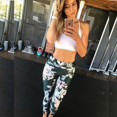 Yoga Pants, Capri Fitness Leggings, Plus Size Fitness Wear Workout Leggings, Women's Leggings, Trousers Women, Pants For Women, Clothes For Women, Patterned Leggings, Floral Leggings, New Pant