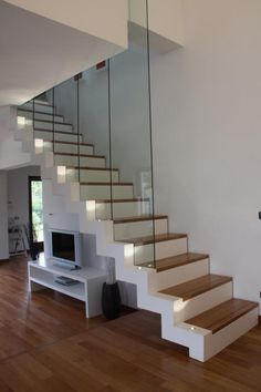scale e cucina - Cerca con Google Glass Fence, Modern Stairs, Interior Stairs, House Stairs, Stairway To Heaven, House Extensions, Staircase Design, Modern House Design, Stairways
