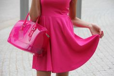 Look, I have no legs, or head, but at least my shoes and dress match. Pink Love, Pretty In Pink, Hot Pink, Pink Sugar, Pink Parties, Everything Pink, Pink Outfits, Beautiful Bags, Beautiful Things