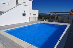 Holiday house Roko  Ruime vrijstaande woning met privézwembad overdekt terras en uitzicht op zee  EUR 952.74  Meer informatie  #vakantie http://vakantienaar.eu - http://facebook.com/vakantienaar.eu - https://start.me/p/VRobeo/vakantie-pagina