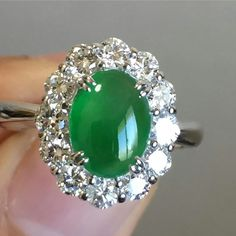 @ag_hoshoku_japan.   Top quality jade ring made with white diamonds in platinum #nofilter #jewelry #platinum #design #tokyo #jade #rings