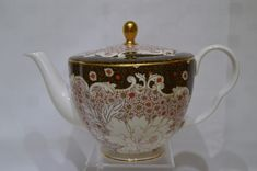 Wedgwood-Tea-Story-Daisy-Large-Teapo