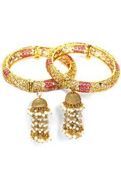 Preeti Mohan indian designer online bangles set