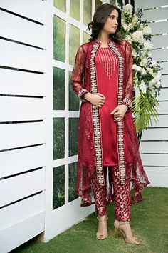 Zainab Hasan Chantilly De Lace Formal Eid Collection 2015   BestStylo.com