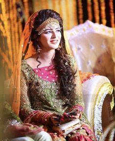 Pakistani Wedding Outfits, Pakistani Wedding Dresses, Bridal Outfits, Bridal Mehndi Dresses, Bridal Lehenga, Mehndi Outfit, Mehndi Hair, Bridle Dress, Bridal Makeover
