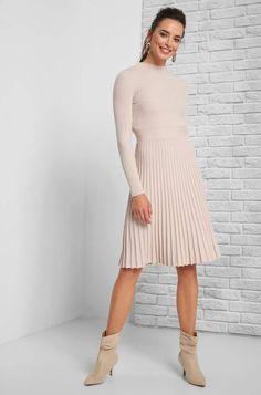 Sukienki dzianinowe midi, maxi i mini ▷ zakupy online z ORSAY Pretty Box, Trendy Outfits, High Neck Dress, Clothes, Dresses, Highlights, Fashion, Full Skirts, New Dress