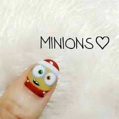 Xmas nail*.° 今回はBobで♥。†° · #xmasnails #nailart #nail #セルフネイル #minionsnails #minions #キャラクターネイル #ネイルアート #ミニオンネイル #ミニオン #ユニバ #usj #nailstagram #ネイル好きな人と繋がりたい#winternails #ウィンターネイル