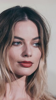 Actriz Margot Robbie, Arlequina Margot Robbie, Margot Robbie Harley Quinn, Margo Robbie, Beautiful Celebrities, Beautiful Actresses, Harley Quinn Comic, Hollywood, Pretty Eyes