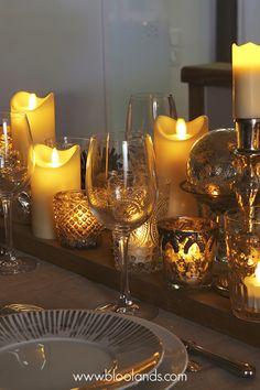 Bougies LED flamme oscillante, cierges LED, et chauffe-plats LED pour une décoration de table chaleureuse et sans danger.