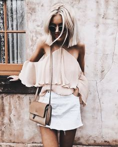 Pretty blush off the shoulder top with white denim skirt and chic blush handbag. Spring Summer Fashion, Spring Outfits, Fitz Huxley, Style Hippie Chic, Looks Style, My Style, White Denim Skirt, Boutique Fashion, Mode Inspiration