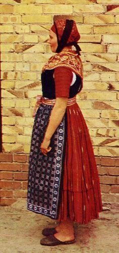 FolkCostume&Embroidery: Overview of Sorbian Folk Costume Nochten