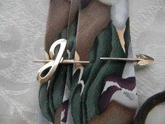 Vintage Man J Brass Arrow Hickok Tie Clasp Large Size On Sale | RosesHeirlooms - Jewelry on ArtFire