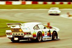 Porsche 935 Apple