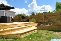 New England husbygge - Hemma hos cafyr Banquette Seating Restaurant, Hot Tub Deck, Outdoor Furniture Plans, Garden Seating, Outdoor Living, Outdoor Decor, Luxor, Pergola, Exterior