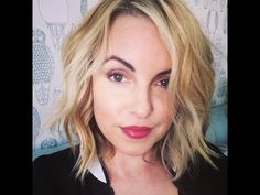Short Hair Easy Beach Waves, Hair ideas for short hair ladies- Elle Leary Artistry #hair #shorthair #elleleary