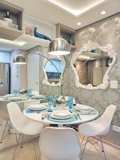 Sala de Tv/ Jantar Small Rooms, Small Spaces, Dinner Room, Cottage Kitchens, Interior Decorating, Interior Design, Dream Decor, Home Decor Inspiration, Decoration