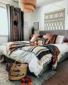 Bohemian minimalist bedroom design with urban outfitters ideas 1 Bohemian Bedroom bedroom Bohemian Design ideas Minimalist outfitters Urban Bohemian Bedroom Decor, Bohemian Bedding, Boho Room, Home Bedroom, Bedroom Ideas, Bedroom Designs, Modern Bedroom, Tribal Bedroom, Ikea Bedroom