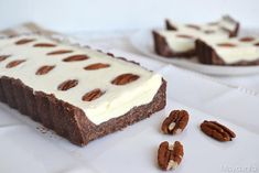 Quando ho visto questa ricetta per fare una crostata al cioccolato bianco senza cottura, ho deciso che dovevo assolutamente provarla, anche perchè avrei finalmente utilizzato