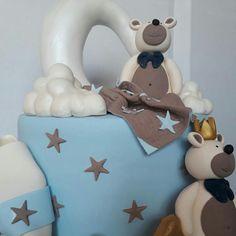 Bear baby cakes