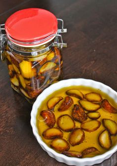 Roasted Garlic Infused Olive Oil via theculturaldish.blogspot.com #fallfest #infusedoliveoil #dip