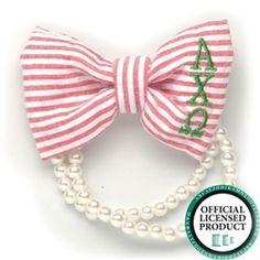 Alpha Chi Omega Seersucker Bow Pearl Bracelet. www.sassysorority.com. #sororitygift #seersucker #bowbracelet #monogram #preppy #sororitymerchandise # alphachi #pearls #axo #love