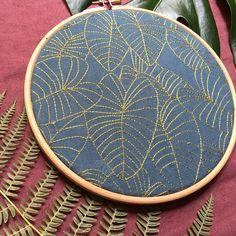 RESERVÉ M-R / Herbarium Linen Monstera Lines 29