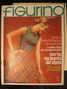 figurino moderno nº 32 + molde gil brandão - 1969 Vintage Magazines, Nostalgia, Antique Books, Vintage Journals, Costume Design, Weather, People, Trendy Tree, Dressmaking
