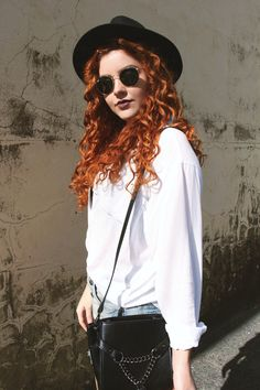 Look: Over The Knee + Chapéu + Short + Camisa | Daianne Possoly