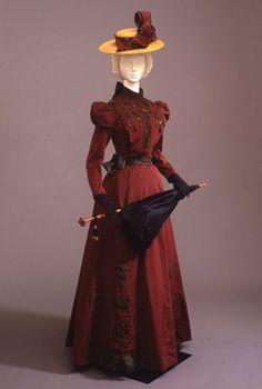 Day dress ca. 1900From the Galleria del Costume di Palazzo Pitti...