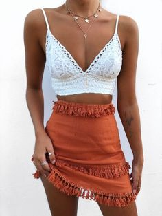 Pretty outfit idea to copy ♥ For more inspiration join our group Amazing Things ♥ You might also like these related products: - Skirts ->. Hippie Outfits, Teen Fashion Outfits, Boho Fashion, Retro Fashion, Looks Hippie, Cochella Outfits, Mode Hippie, Spring Work Outfits, Look Boho
