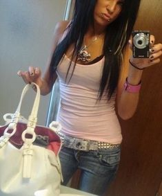 Swag Girl Style, Girl Swag, My Style, Gyaru Fashion, Fashion Outfits, Fashion Poses, Early 2000s Fashion, Scene Kids, Swagg