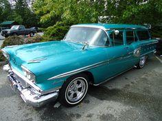 1958 Pontiac Laurentian Safari Station Wagon