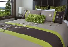 Just when I was getting my grey and yellow bedroom ideas figured out, this takes me back to grey and green