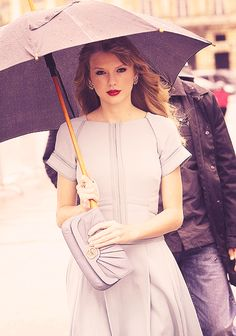 Taylor Swift looking as flawless as ever.